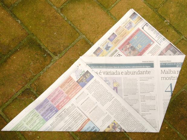 lixo com jornal 3