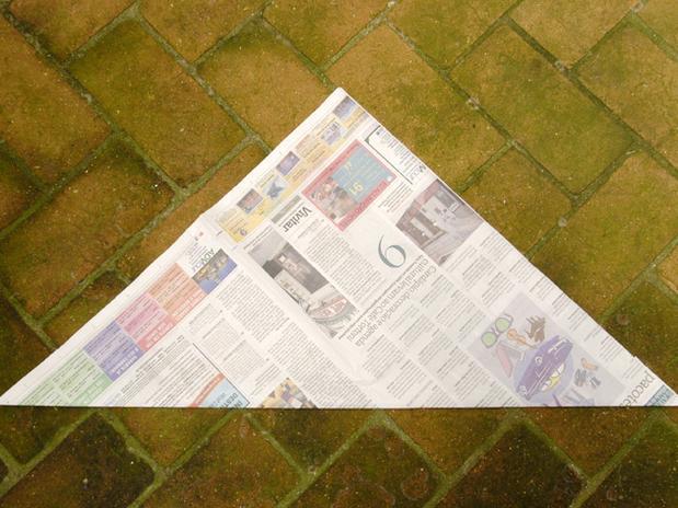 lixo com jornal 2