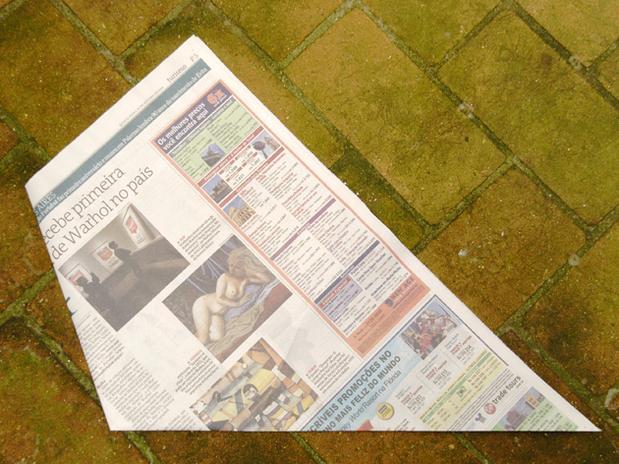 lixo com jornal 4