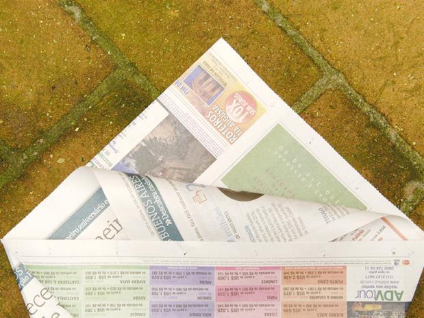 lixo com jornal 6