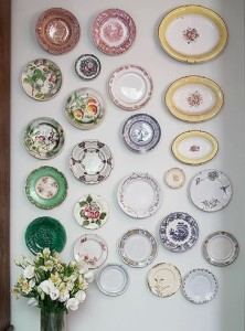 pratos na parede 8